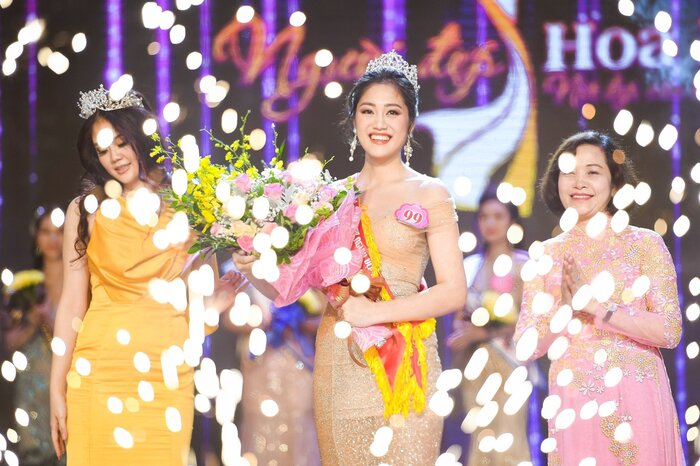 Mê mẩn nhan sắc 5 người đẹp được đặc cách vào thẳng Top 60 vòng Bán kết Hoa hậu Việt Nam 5