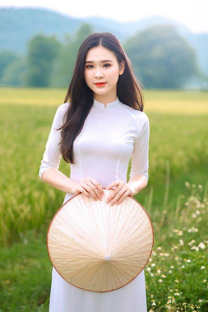 Mê mẩn nhan sắc 5 người đẹp được đặc cách vào thẳng Top 60 vòng Bán kết Hoa hậu Việt Nam 12