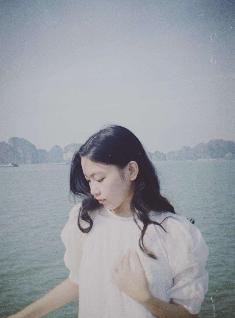 Khoe bức hình đẹp 'sương sương', con gái lớn nhà MC Quyền Linh được nhận xét mới 15 tuổi đã ra dáng hoa hậu 1
