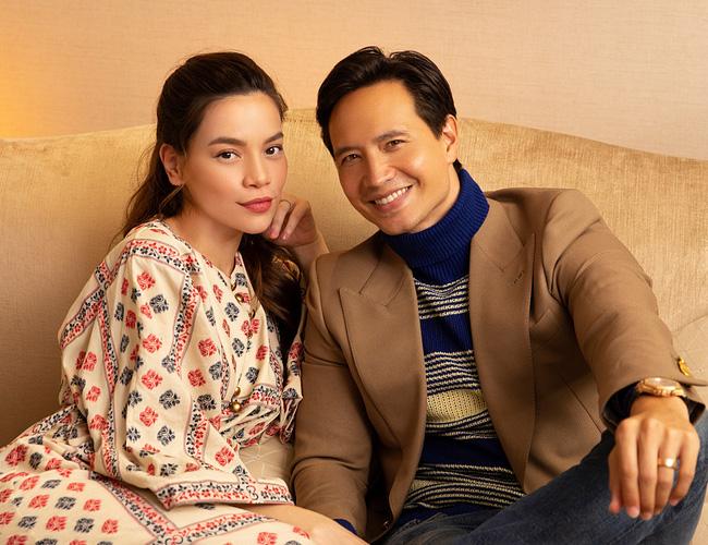 Hiện tại Hồ Ngọc Hà đã mang thai cặp sinh đôi với Kim Lý và cũng thường xuyên gọi bạn trai với danh xưng 'chồng'.