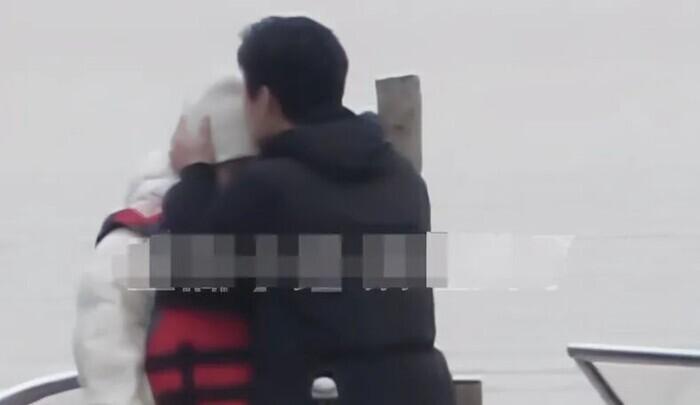 Dương Dương tại trường quay 'Em là niềm kiêu hãnh của anh': Vẻ đẹp không góc chết 10