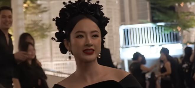 Bị hỏi về chuyện quyên góp giúp đồng bào miền Trung, Angela Phương Trinh đáp trả bất ngờ 2