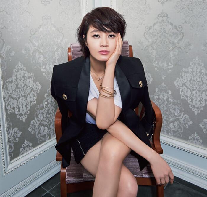 Nghệ sĩ được yêu thích nhất Hàn Quốc 2020: BTS dưới 1 người trên vạn người! 9