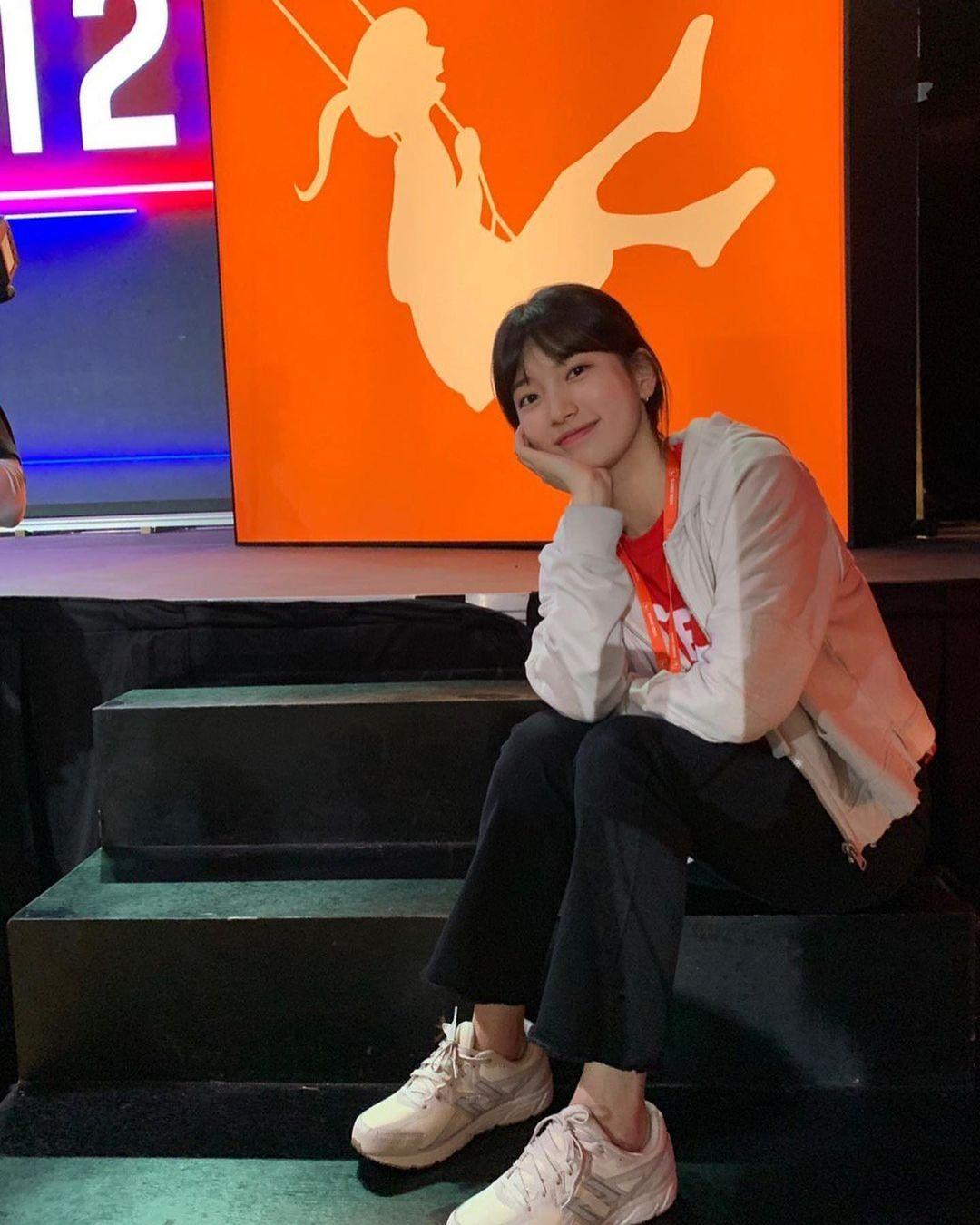 Không xem Start-Up thì chị em cũng nên ghim 4 kiểu giày đế thấp Suzy diện trong phim để nâng cấp style toàn tập 4