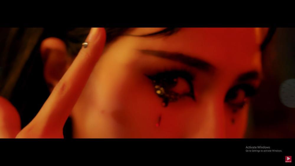 Thủy Tiên khoe trọn cơ thể trong MV mới, 'hot girl chuyển giới' Linda bất ngờ xuất hiện chiếm spotlight 8
