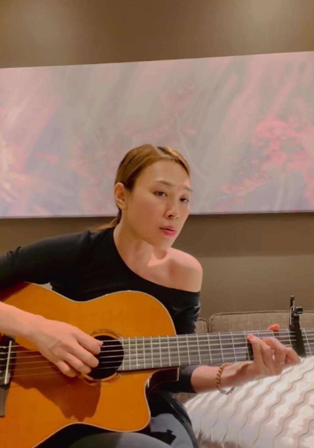 Mỹ Tâm ngọt ngào gửi tặng ca khúc Hẹn nhau năm ấy đến người hâm mộ