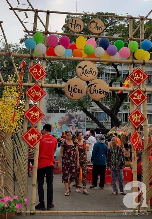 Những em bé ung thư đi hội chợ, chơi Tết trong… bệnh viện: 'Con ước cả thế giới không còn bệnh nữa' 3