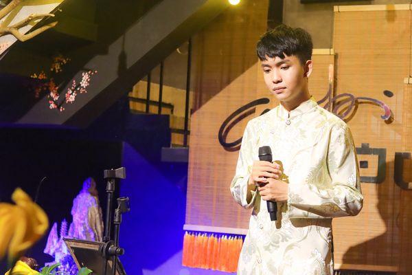 'Anh Sáu' Đoàn Minh Tài rưng rưng nước mắt nhắc về hào quang The Voice Kids trong đêm minishow tuổi 19 5