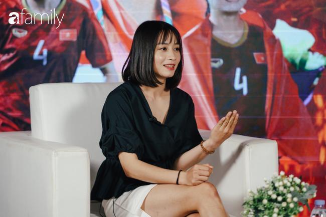 Gặp gỡ Hoàng Thị Loan - 'hot girl' xinh đẹp nhất đội tuyển U22 quốc gia: Chưa có bạn trai, thích Văn Hậu và Sơn Tùng M-TP 3