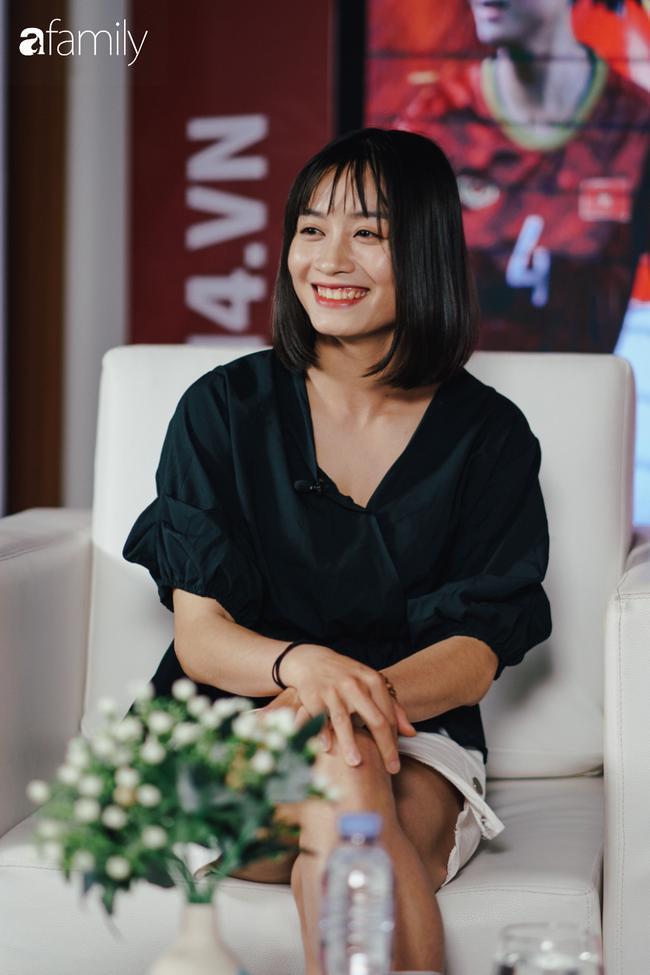 Gặp gỡ Hoàng Thị Loan - 'hot girl' xinh đẹp nhất đội tuyển U22 quốc gia: Chưa có bạn trai, thích Văn Hậu và Sơn Tùng M-TP 4
