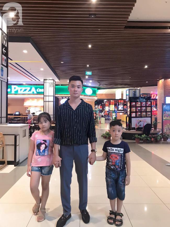 Bố đơn thân Văn Tuyển và hai con.