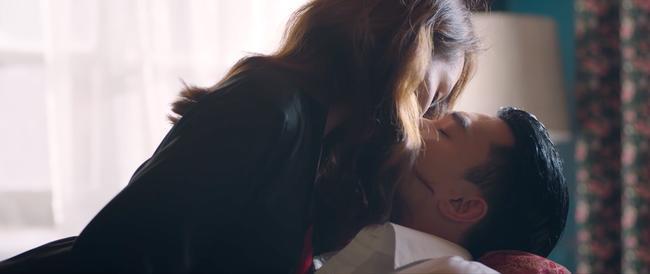 Lộ cảnh nóng của Bảo Thanh với Quốc Trường, ôm ấp hôn nhạy cảm người đã có vợ 5