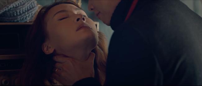 Lộ cảnh nóng của Bảo Thanh với Quốc Trường, ôm ấp hôn nhạy cảm người đã có vợ 8