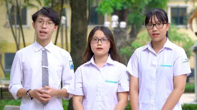 Nhóm 3 bạn học sinh giành Vàng ở WICO 2020 lĩnh vực y sinh học gồm Nguyễn Trần Ngọc Khánh, Đàm Minh Tuệ, Bùi Hoài An.