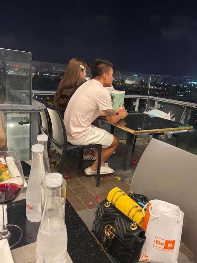 Quang Hải chính là chàng trai đã bên cạnh Huỳnh Anh đón sinh nhật tuổi 21 (Ảnh: FBNV)