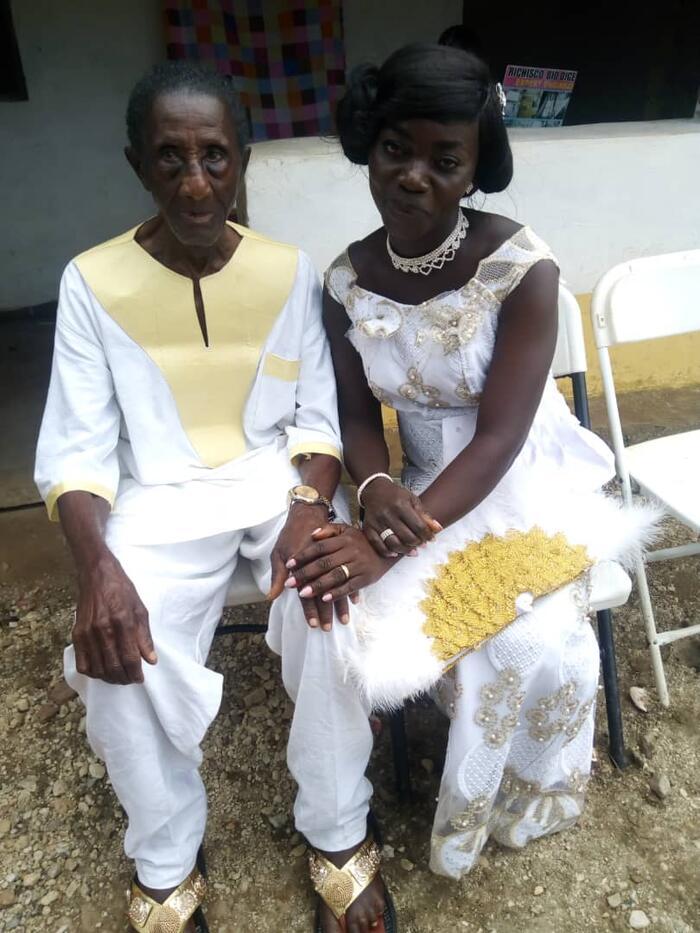 Chị Asabea và ông Gyan đã bên nhau được 14 năm, có với nhau 4 đứa con.