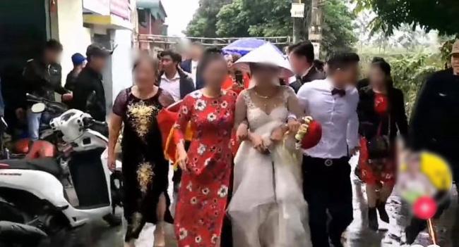 Chú rể 'say liêu xiêu' trong đám cưới, rước dâu đi không vững khiến nhiều người ngao ngán 0