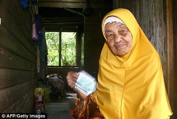Bà Mek Wok Kundor.