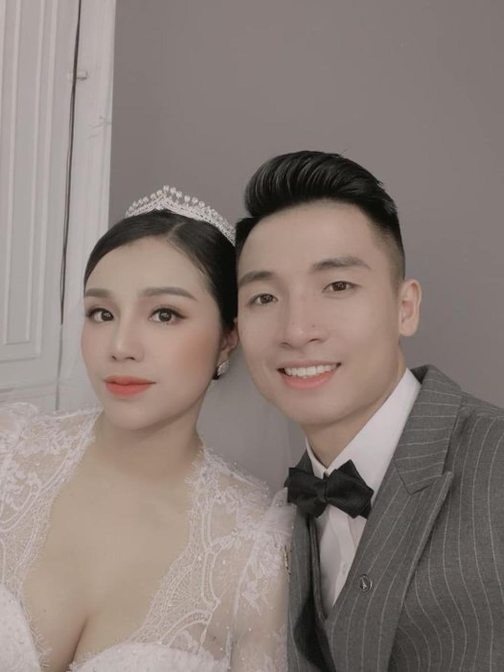 Sau bức hình ''nhá hàng'', fan đang chờ trọn bộ ảnh cưới của Bùi Tiến Dũng và Khánh Linh.