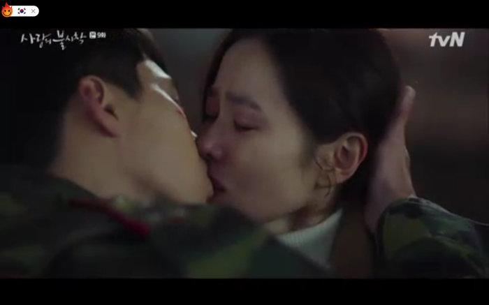 'Hạ cánh nơi anh' tập 9: Son Ye Jin chính thức từ biệt Hyun Bin trở về Hàn, cuộc chia tay đẫm nước mắt 29