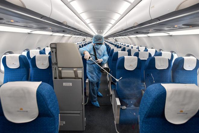 Vietnam Airline cách ly 2 tổ bay sau khi có khách người Trung Quốc nhiễm virus Corona 1