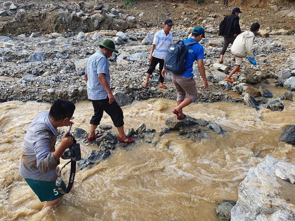 Sạt lở đất ở Quảng Nam: Còn 24 người mất tích, đã tìm thấy 21 thi thể, trời mưa trở lại 3