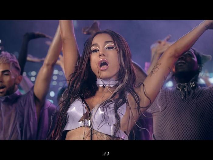 Xem ngay MV siêu hot 'Rain On Me': Nhạc căng đét nhưng Lady Gaga và Ariana nhảy hơi… tập dưỡng sinh không? 3