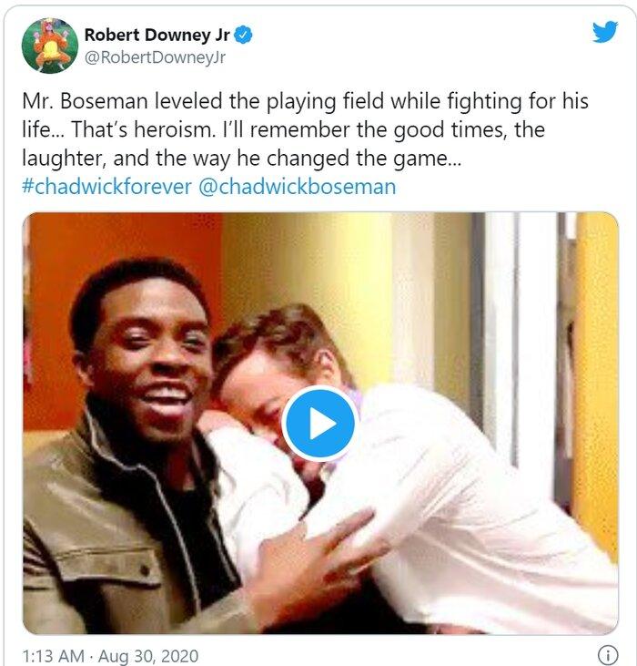 'Iron Man' Robert Downey Jr. gây xúc động với lời nhắn gửi Chadwick Boseman: Một cuộc sống theo chủ nghĩa người hùng thực sự! 1