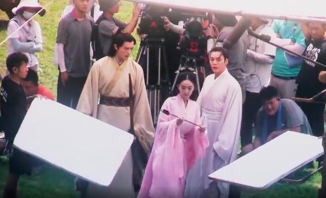 'Hộc Châu Phu nhân': Dương Mịch cực nữ tính bên Trần Vỹ Đình, có cả diễn viên đóng thế xuất hiện 2