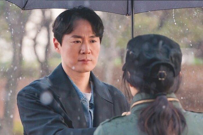 Phim của Lee Yoo Ri và Yeon Jung Hoon tiếp tục lập kỷ lục mới - Phim của Cho Seung Woo và Bae Doo Na dẫn đầu đài cáp 1