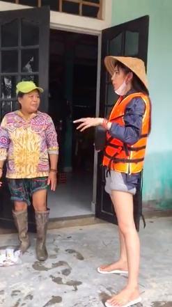 Thủy Tiên phản ứng gay gắt khi cư dân mạng nhắc tới Trấn Thành, Ngọc Trinh: Những comment như vậy gây ảnh hưởng tình cảm đồng nghiệp 0