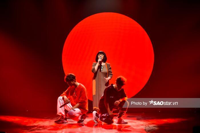 Nhật Hoàng - Captain kết hợp với 'huyền thoại' nhạc trữ tình Cẩm Vân, màn biểu diễn 'vượt thế hệ' đáng mong chờ 3