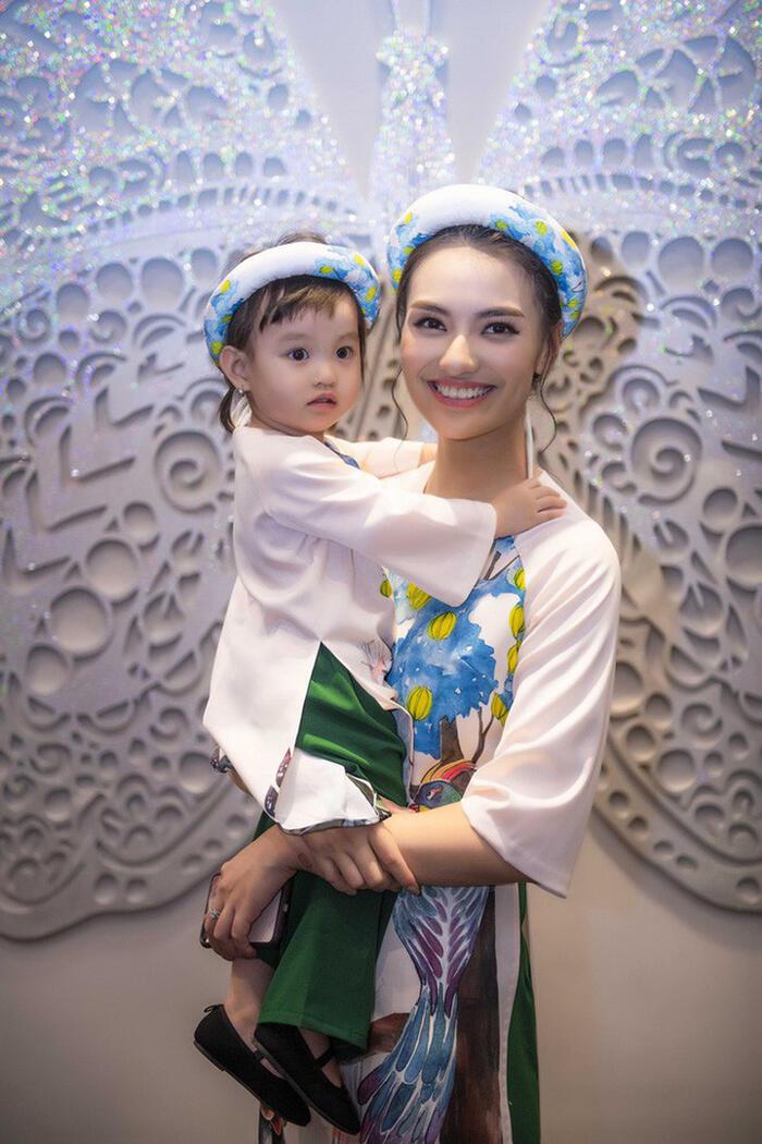 Hồng Quế hỏi tội con gái vì bỏ bữa, hé lộ áp lực khi vừa làm bố vừa làm mẹ 1