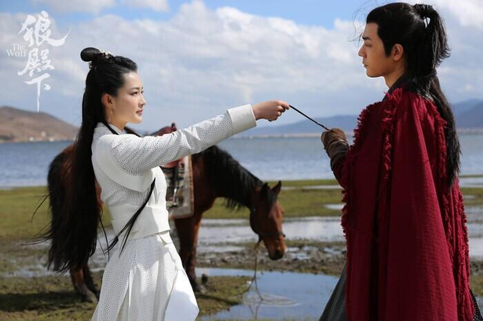 Douban 'Lang điện hạ': Tiêu Chiến được ngợi khen, 26 ngàn bình luận đánh giá chỉ sau vài giờ lên sóng 4