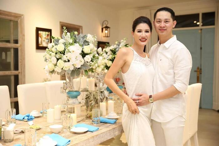 Được biết Trang Trần và Louis Nguyễn đã quen nhau 8 năm trước khi có với nhau cô con gái tên Kiến Lửa.