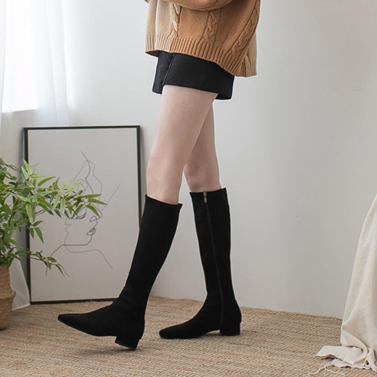 4 kiểu boots 'chấp' hết mọi thể loại giày cao gót về độ sang xịn, mùa Thu Đông nàng sành điệu nào cũng nên sắm 10