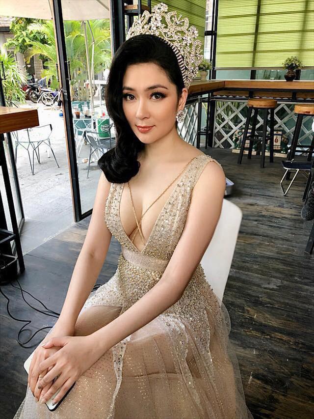 Trải qua 16 năm làm hoa hậu, sắc vóc của Nguyễn Thị Huyền vẫn được truyền thông và khán giả chú ý tới.