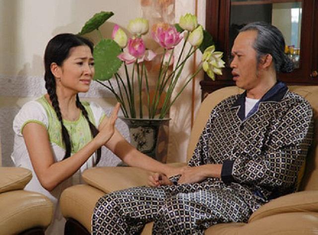 Năm 2010, cô tham gia diễn xuất trong phim Lâu đài tình ái, đóng cùng Hoài Linh và nhiều nghệ sĩ nổi tiếng.
