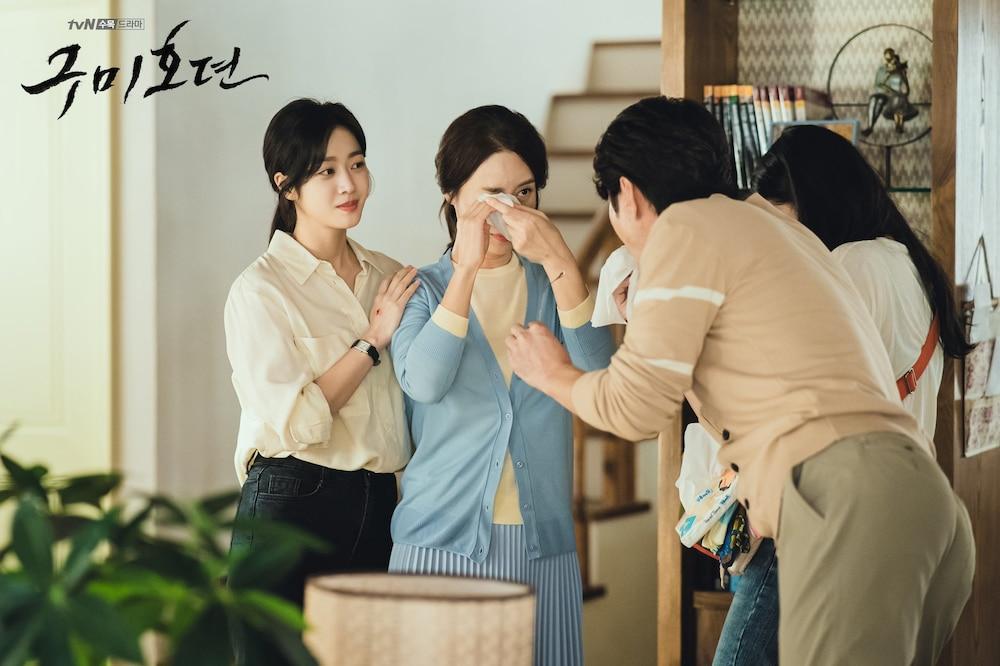 Tung hậu trường 'Bạn trai tôi là hồ ly' sau tập cuối: Lee Dong Wook - Jo Bo Ah 'phim giả tình thật'? 12