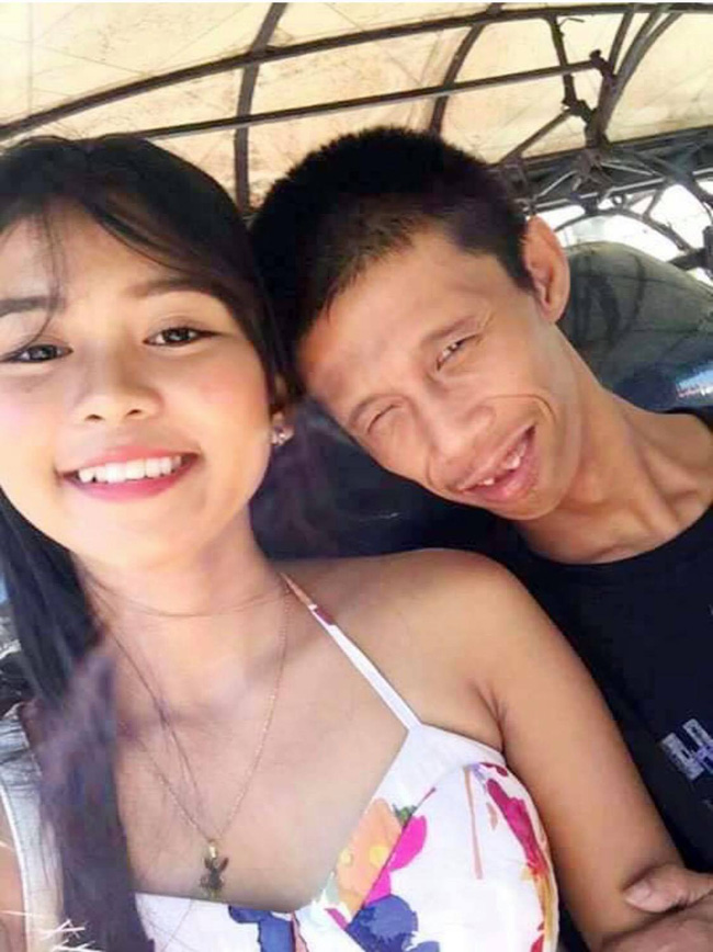 Cô gái trẻ xinh đẹp cùng người chồng kém sắc thu hút sự chú ý của cộng đồng mạng.