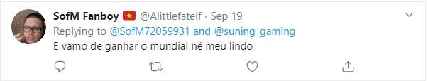 Thêm một game thủ bình luận bằng tiếng Bồ Đào Nha chúc SofM thi đấu thành công, tự nhận là fanboy của anh