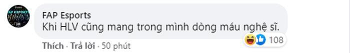 Fanpage chính chủ cũng thừa nhận HLV mang dòng máu nghệ sĩ