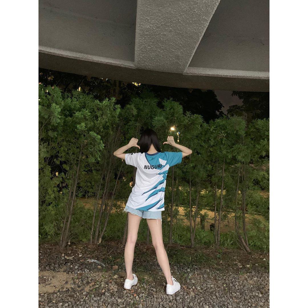 CKTG 2020: Nữ hoàng sexy Kpop cực phấn khích với màn 'cà khịa' G2 của DWG 3