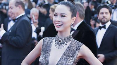 Vũ Ngọc Anh diện váy xuyên thấu 'bung lụa' ngày cuối cùng của Cannes