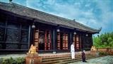 Cận cảnh nhà cổ hơn 100 năm tuổi xây dựng toàn bằng gỗ quý của nghệ sĩ Hoàng mập