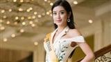 Huyền My giành vị trí 'vedette' trên sân khấu đêm chung kết Hoa hậu Hòa bình 2017