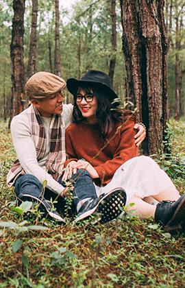 Bộ ảnh tình yêu ngọt ngào của cặp đôi 'em vừa 18' gây chú ý