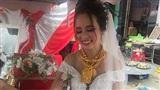 Cô dâu Hậu Giang gây choáng khi 'trĩu cổ' đeo 129 cây vàng được trao làm của hồi môn khiến dân tình vừa 'thương' vừa 'tị'