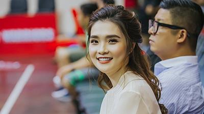 20/10: Trò chuyện với Tracy Thư Lương - bà bầu xinh đẹp nổi tiếng của làng bóng rổ