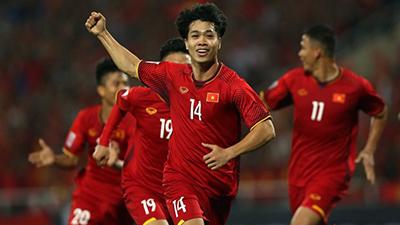 Malaysia cứ gặp Công Phượng là thua Việt Nam sấp mặt!